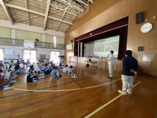 地元小学校で3年生の子ども達に土木講座を開催しました!